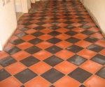 023-hallway-black-red-diamond-quarry-tiles