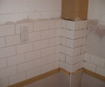 006-bathroom-using-white-brickbond